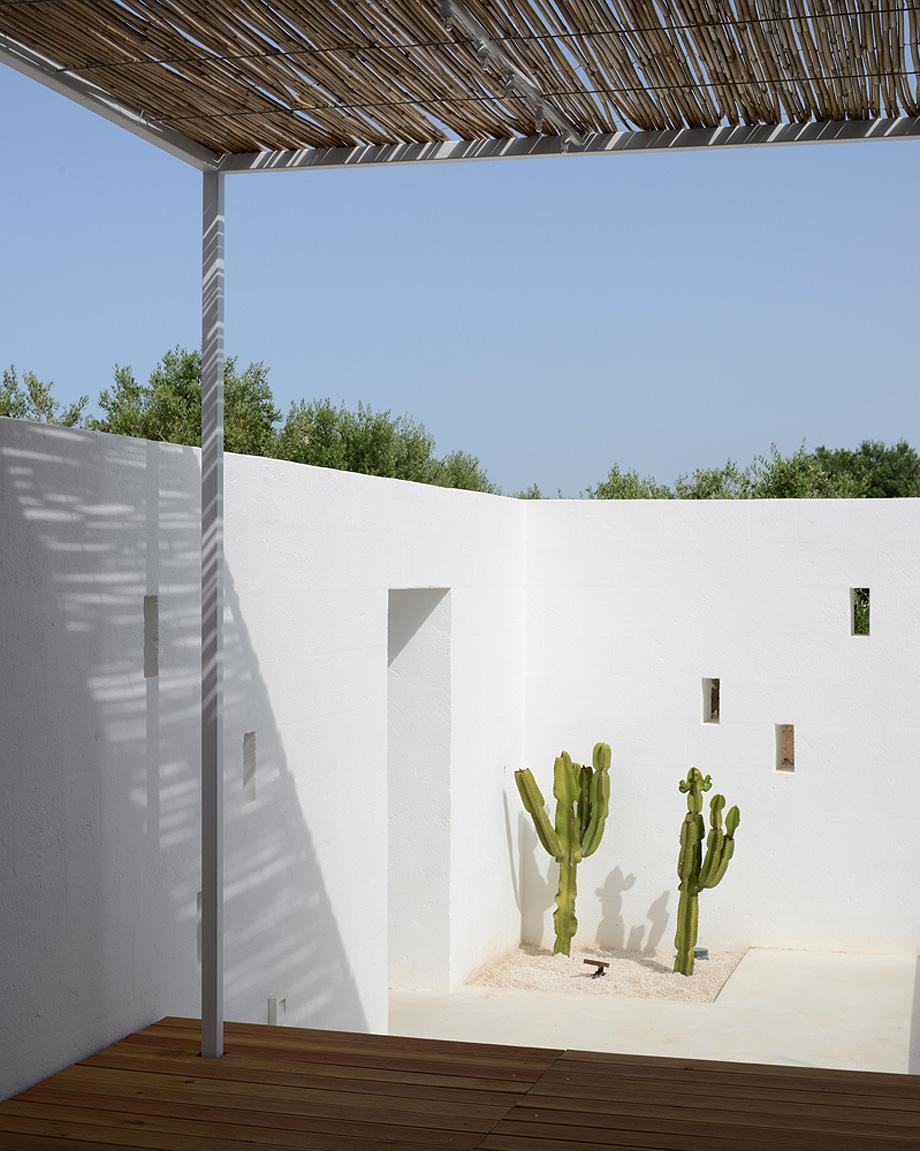 masseria pensato de deda & florio architetti - foto alan riddle (5)