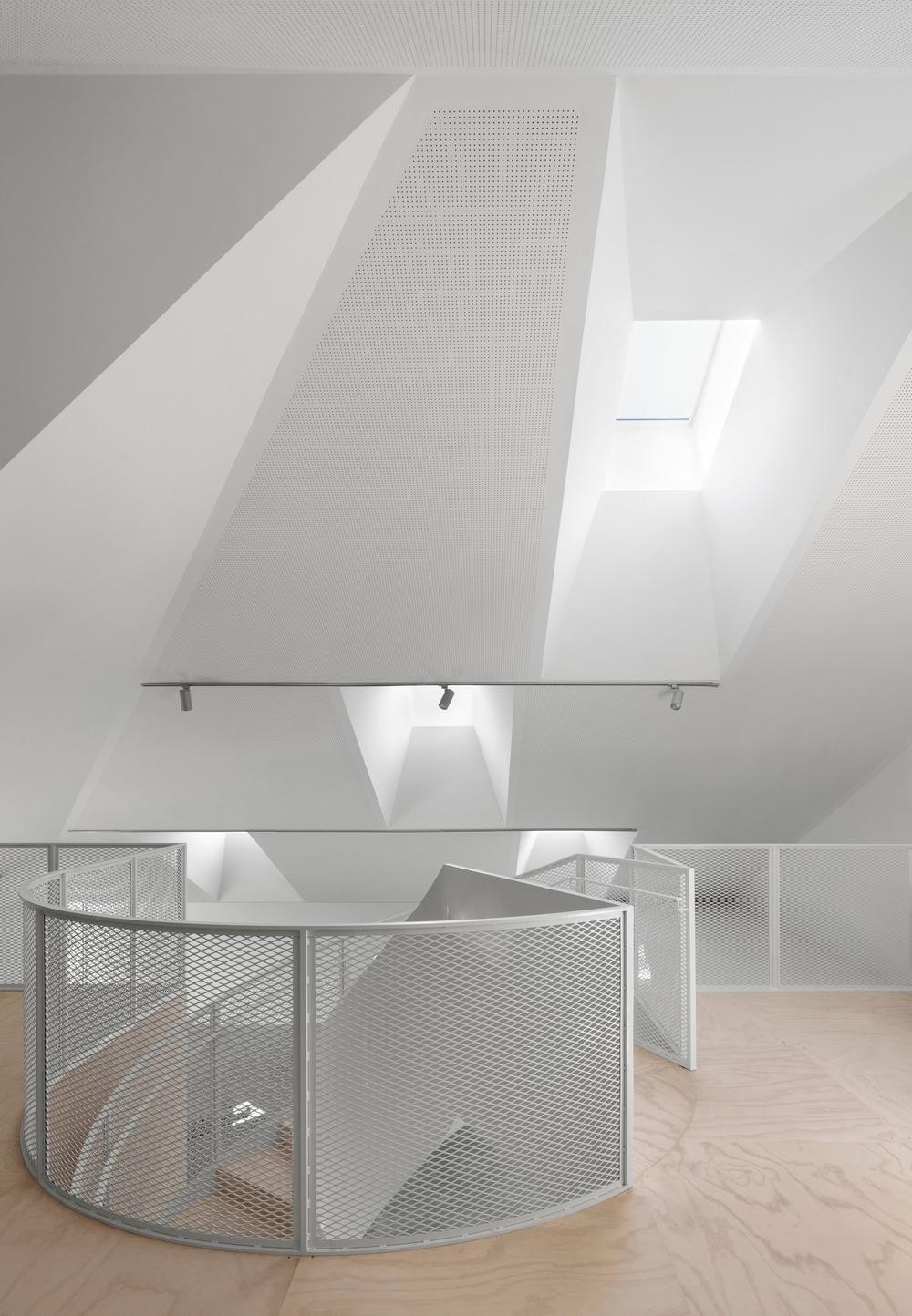 residencia artistas de bourgeois lechasseur - foto adrien williams (6)