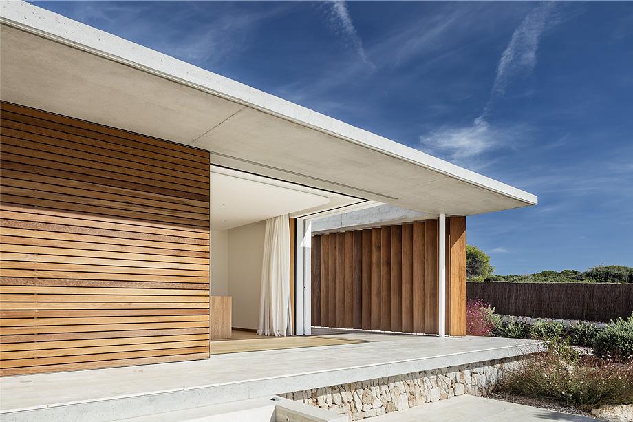 casa en menorca de gabriel montañes - foto adria goula (4)