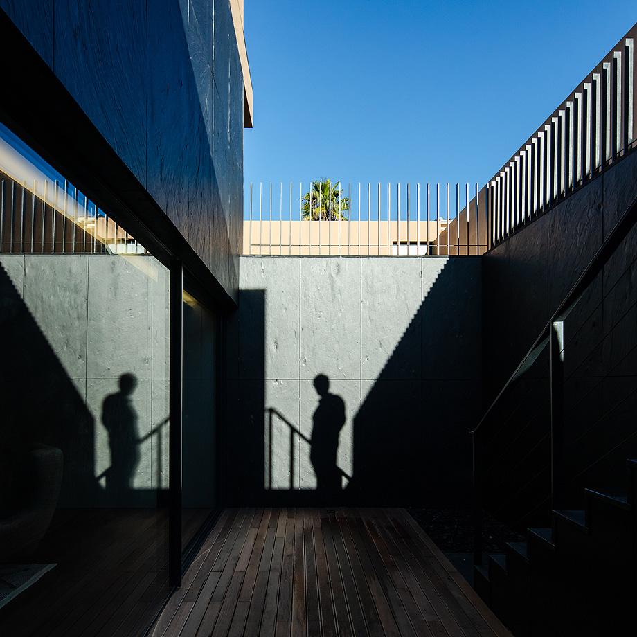 casa en areia portugal de raulino silva - joao morgado (7)