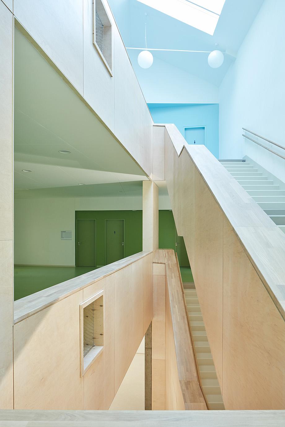 escuela de primaria de soa architekti - foto boysplaynice (18)