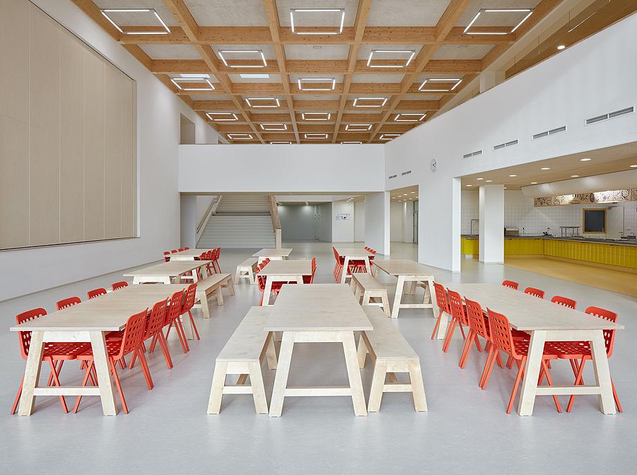 escuela de primaria de soa architekti - foto boysplaynice (7)