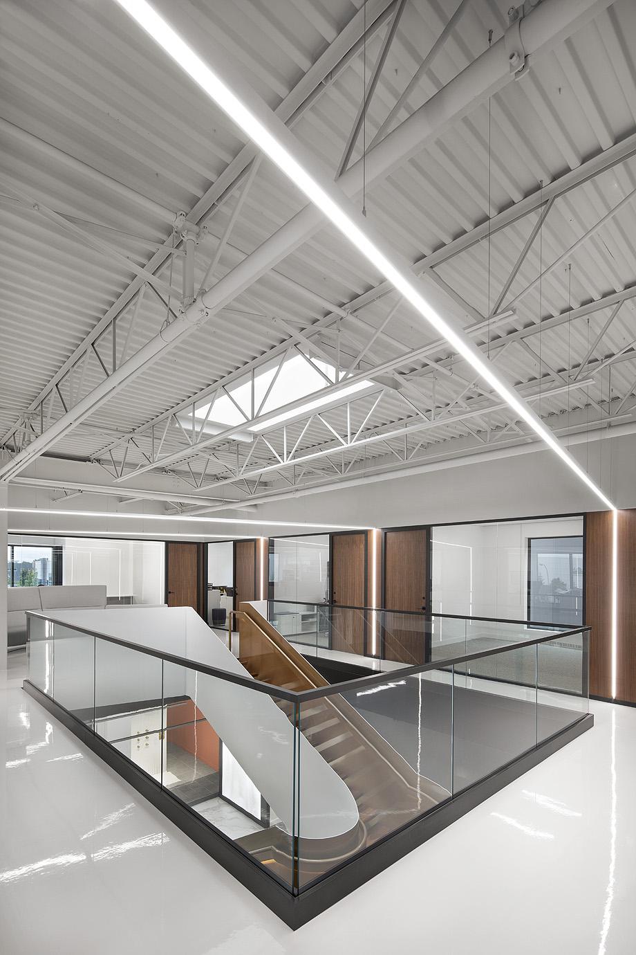 showroom wetstyle en montreal de atelier moderno y wetstyle design lab - foto adrien williams (3)