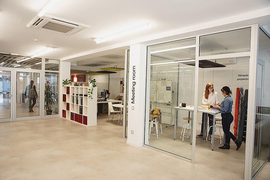 nuevo edificio point two del ied barcelona - foto luiza lacava (2)