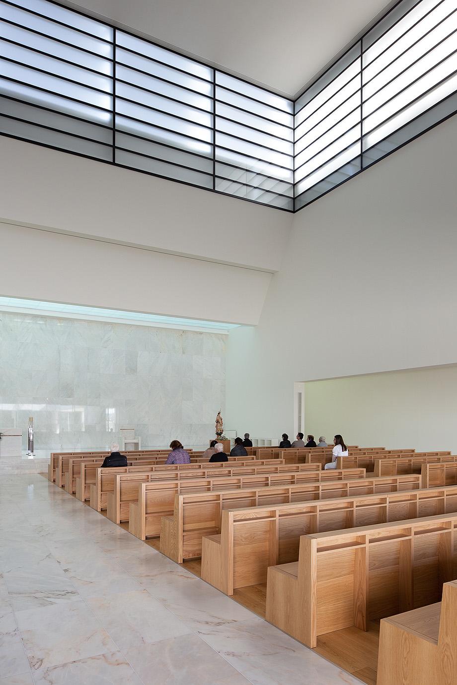 iglesia del divino salvador de vitor leal barros - foto alexander bogorodskiy (4)