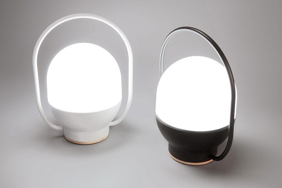 6. lampara portatil take away de nahtrang para faro barcelona