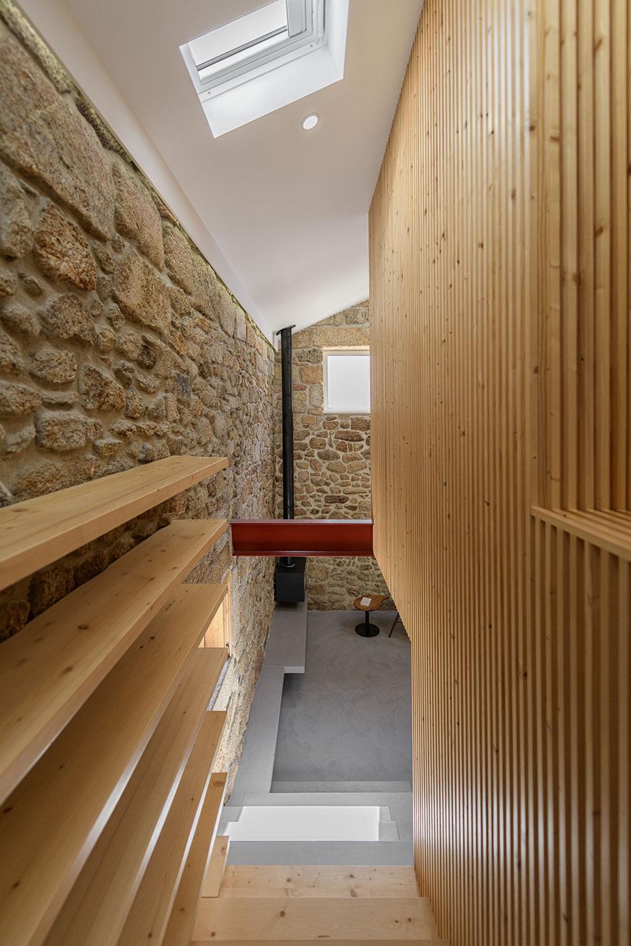 casa rural en portugal de hbg architects (13) - foto ricardo oliveira alves