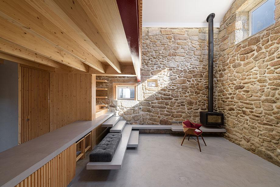 casa rural en portugal de hbg architects (5) - foto ricardo oliveira alves