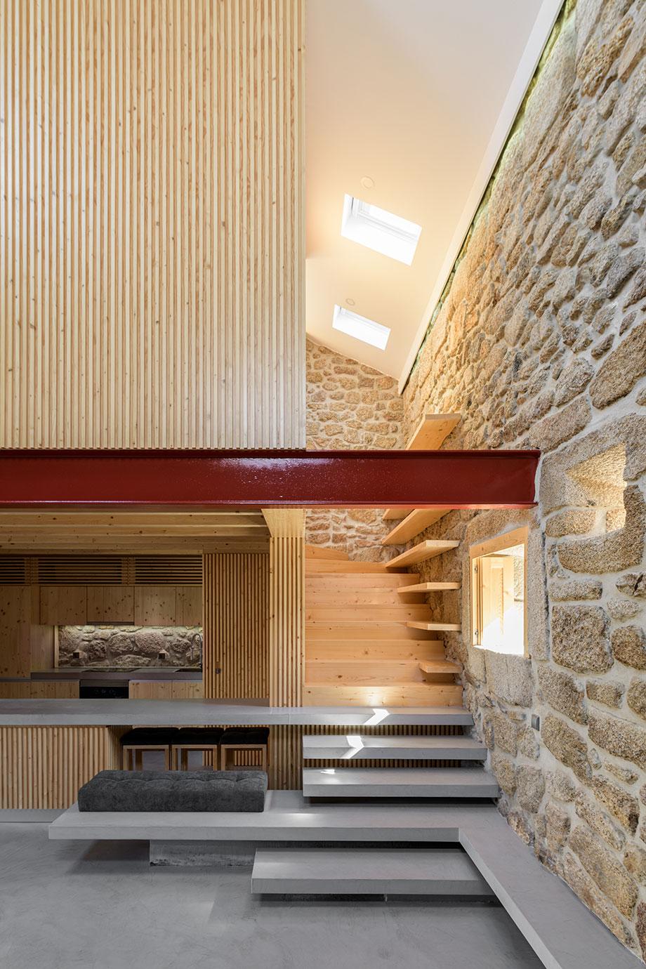 casa rural en portugal de hbg architects (7) - foto ricardo oliveira alves