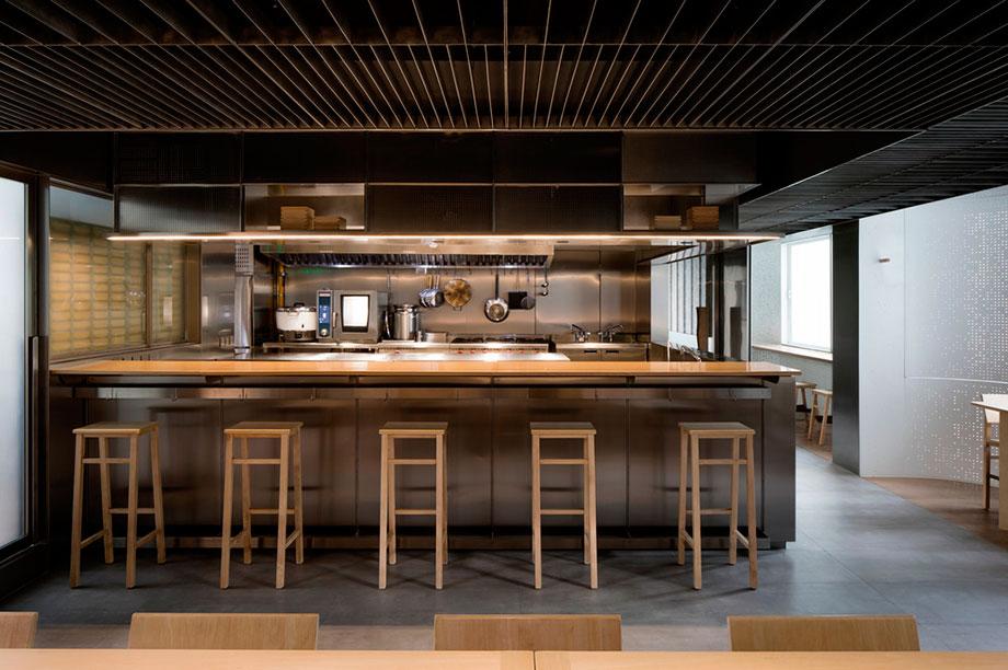 the zentral kitchen de lukstudio (15) - foto peter dixie