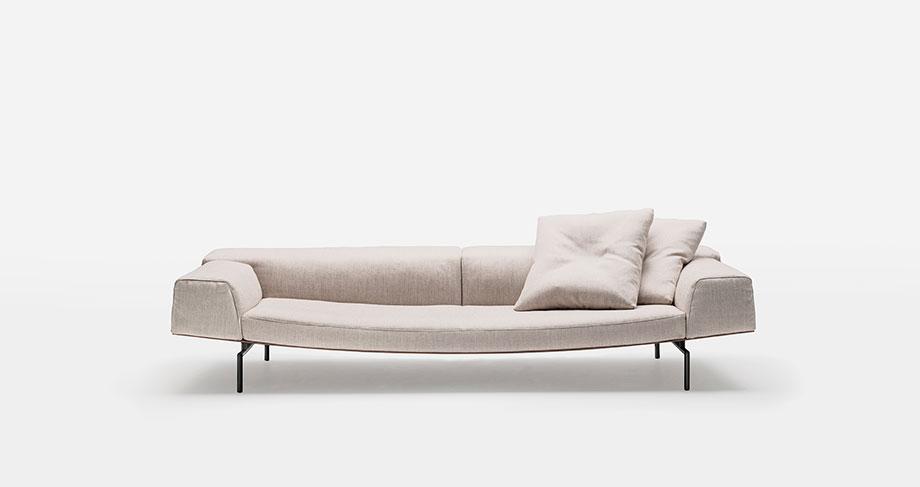 sofa sumo de piero lissoni para living divani (1) - foto cesare chimenti