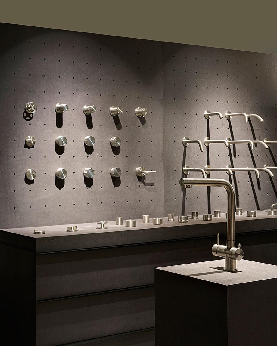 flagship store de quadro en el showroom de mo.1950 (5) - foto lorenzo pennati