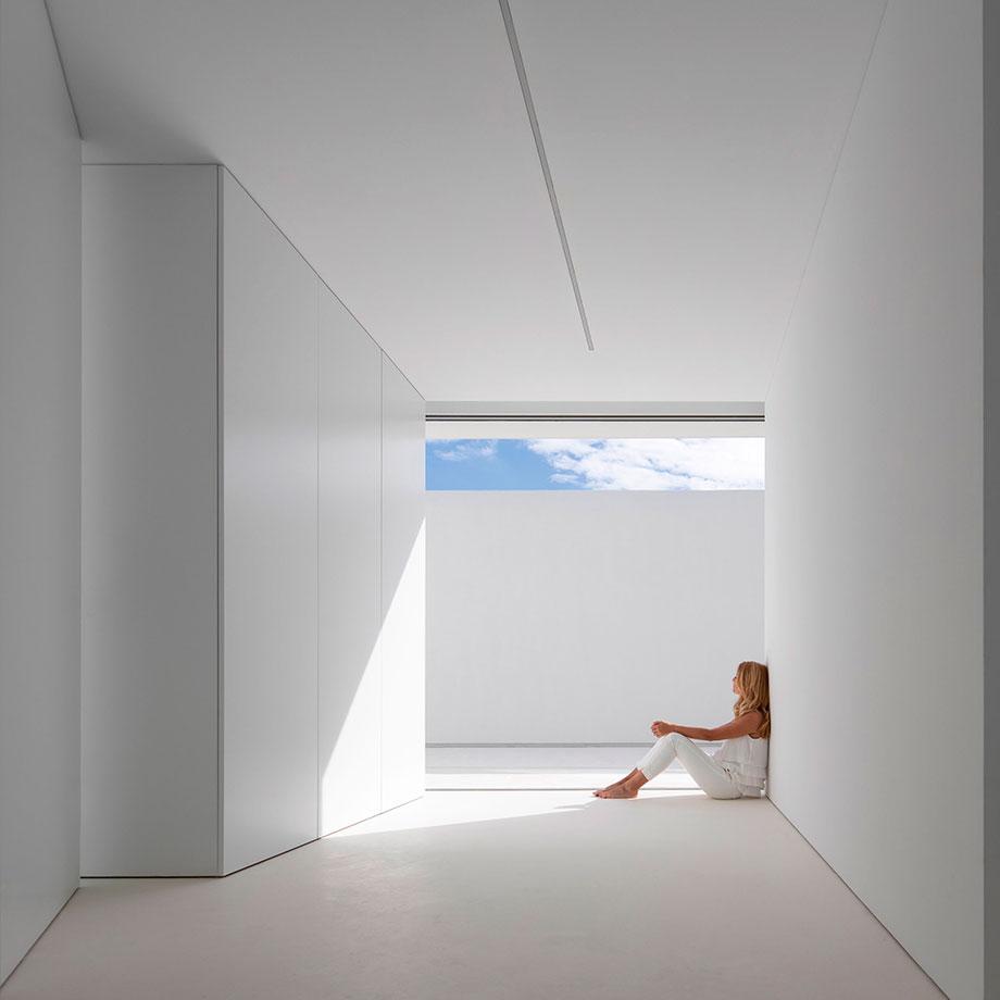 la casa del silencio de fran silvestre arquitectos (14) - foto fernando guerra