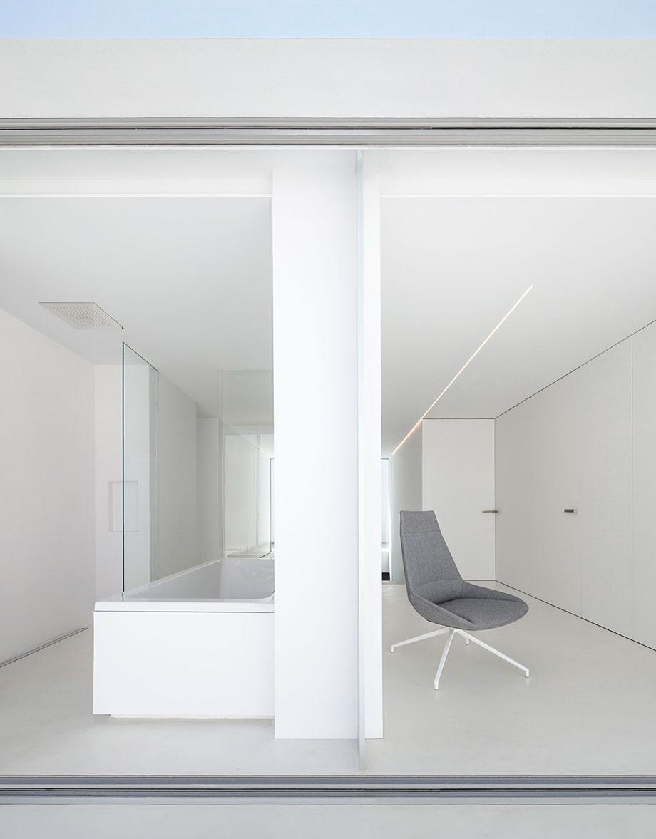 la casa del silencio de fran silvestre arquitectos (19) - foto fernando guerra
