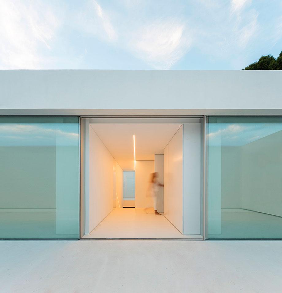 la casa del silencio de fran silvestre arquitectos (4) - foto fernando guerra