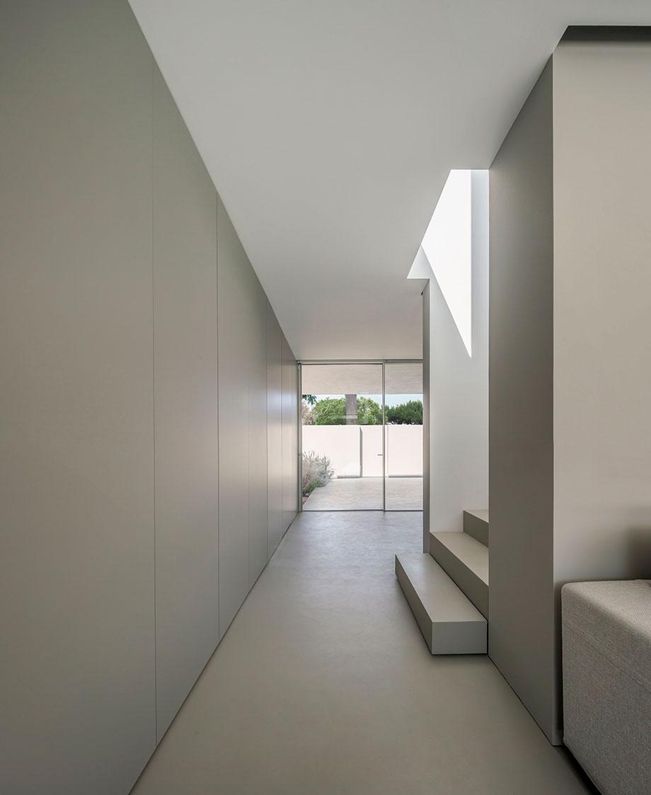 la casa del silencio de fran silvestre arquitectos (8) - foto fernando guerra