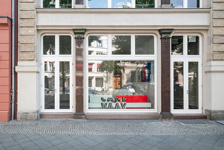 tienda vaay de batek architekten (11) - fotografía marcus wend