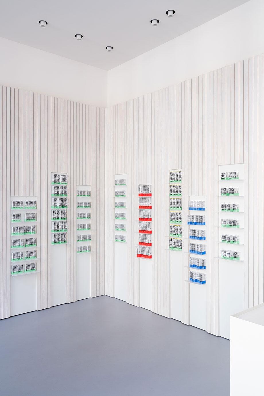 tienda vaay de batek architekten (5) - fotografía marcus wend