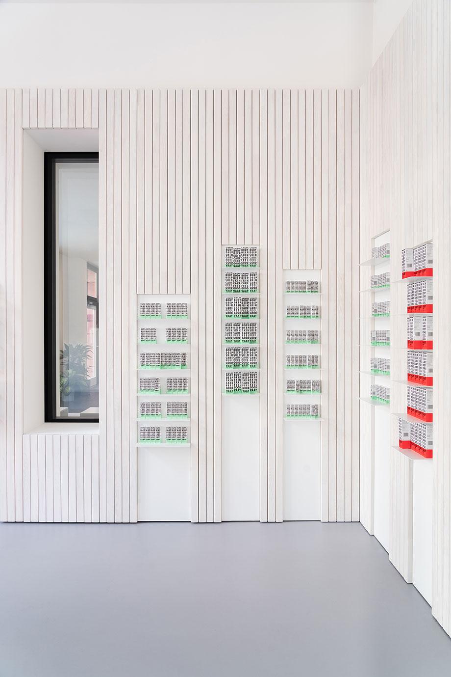 tienda vaay de batek architekten (7) - fotografía marcus wend
