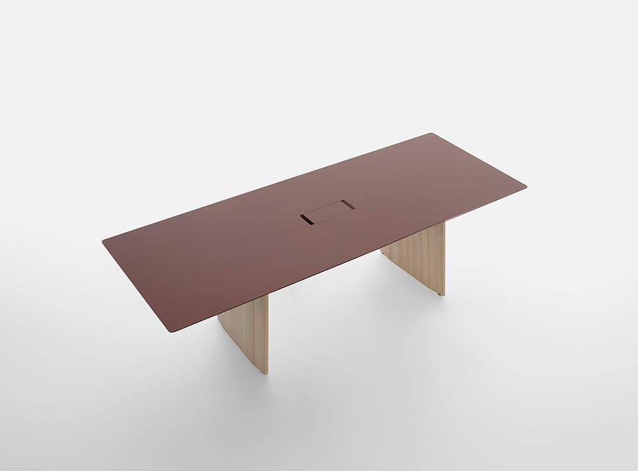 mesa fronda de industrial facility para mattiazzi (6) - foto miro zagnoli