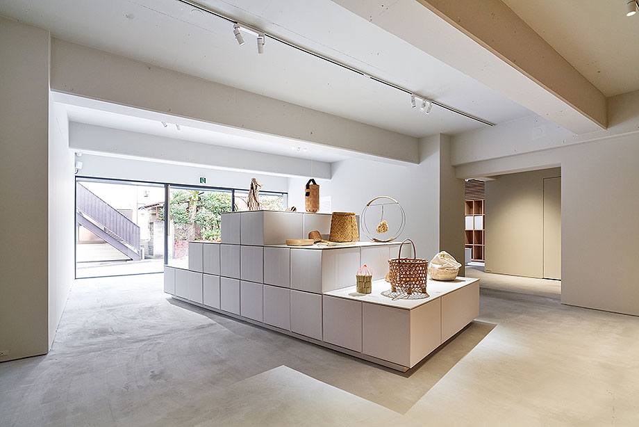 nuevo showroom karimoku commons tokyo (3)