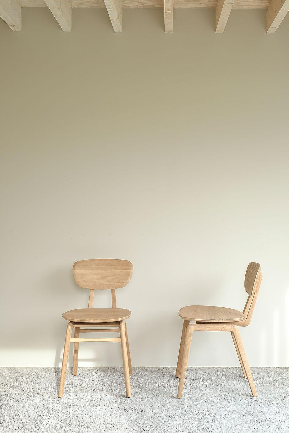 silla de comedor pebble de alain van havre para ethnicraft (2)
