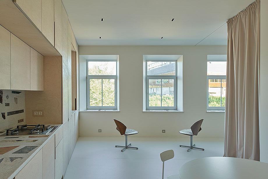apartamento en vilna de sarkauskai architecture atelier (1) - foto darius petrulaitis