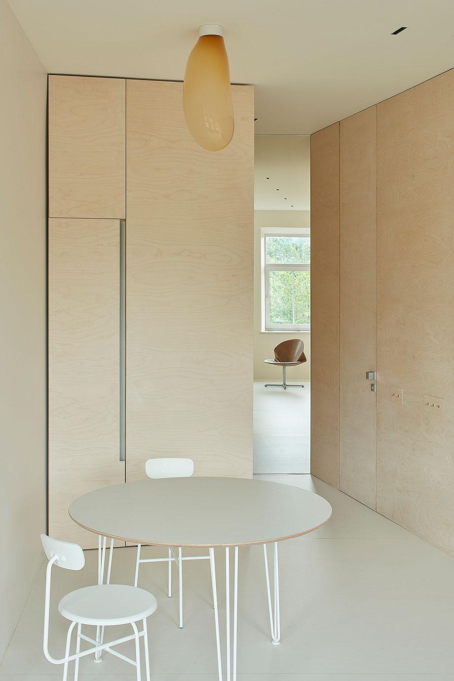 apartamento en vilna de sarkauskai architecture atelier (3) - foto darius petrulaitis