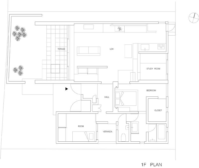 casa unifamiliar con tejado a dos aguas de form kouichi kimura (18) - plano