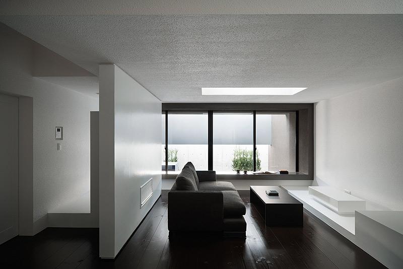 casa unifamiliar con tejado a dos aguas de form kouichi kimura (5) - foto takumi ota