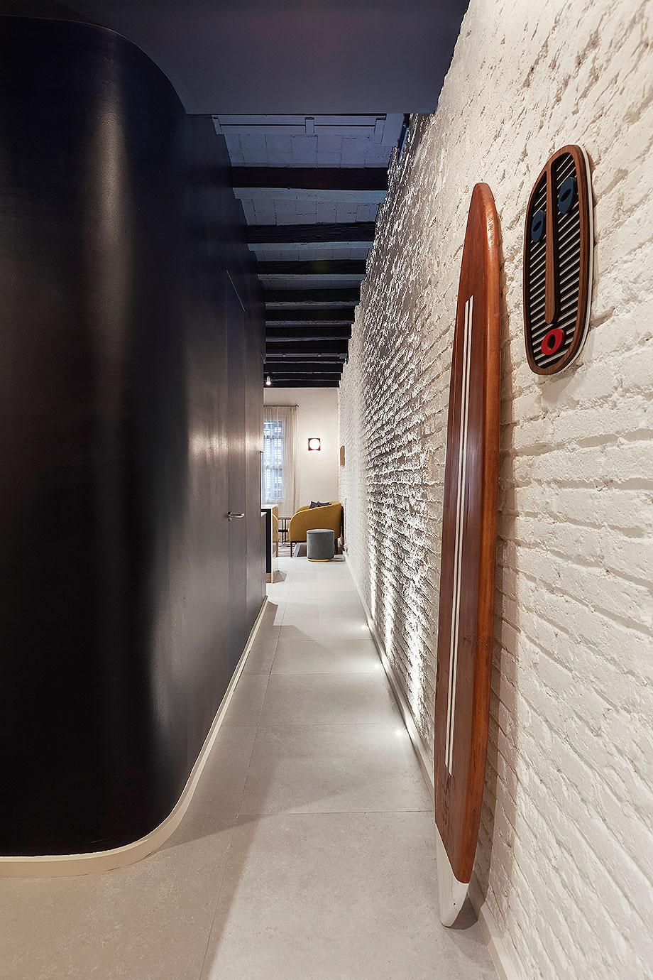 mini apartamento en el eixample de barcelona por culto (1) - foto elton rocha