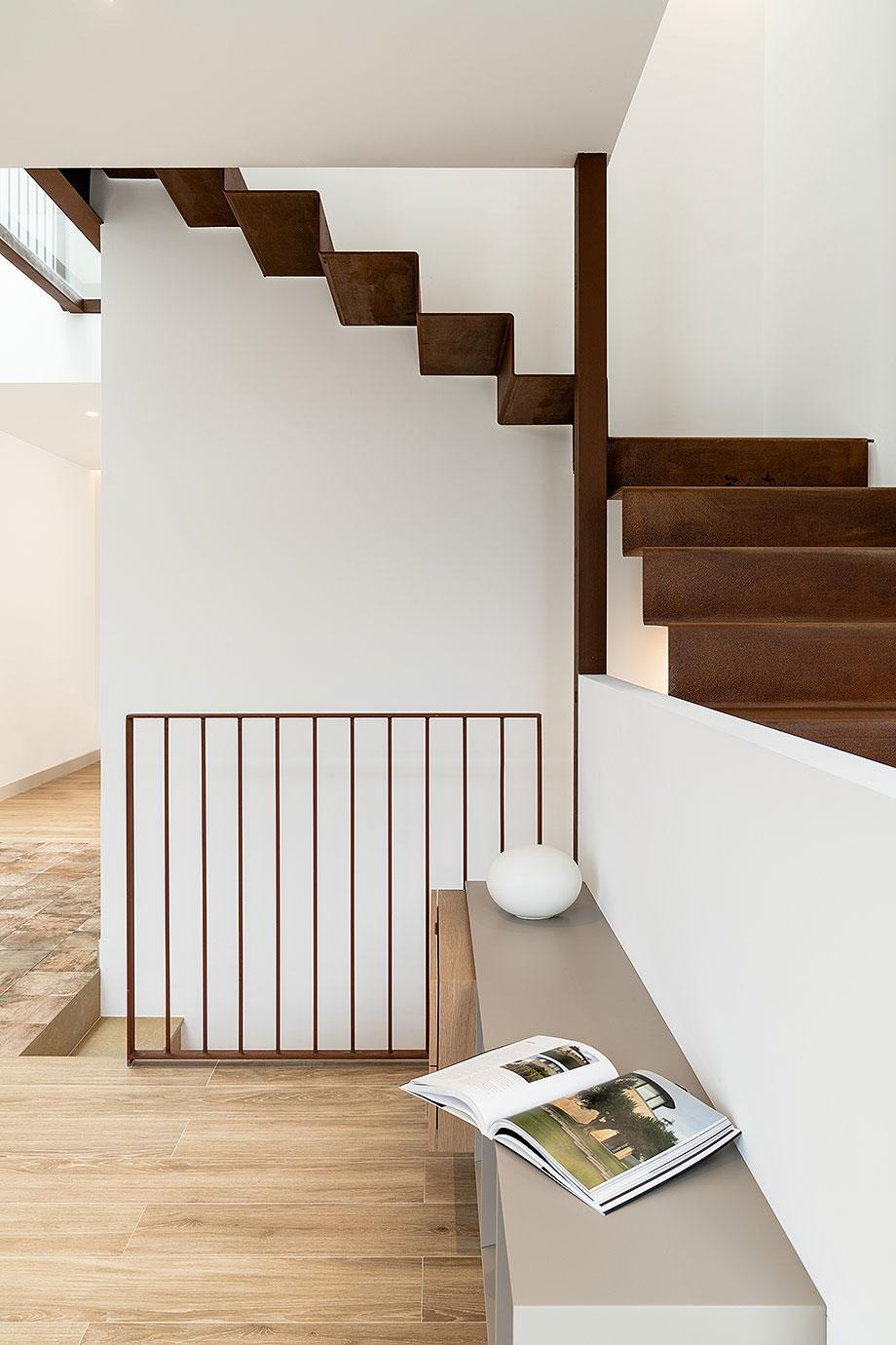 de garaje a vivienda por liniarquitectura (11) - foto laura tomas