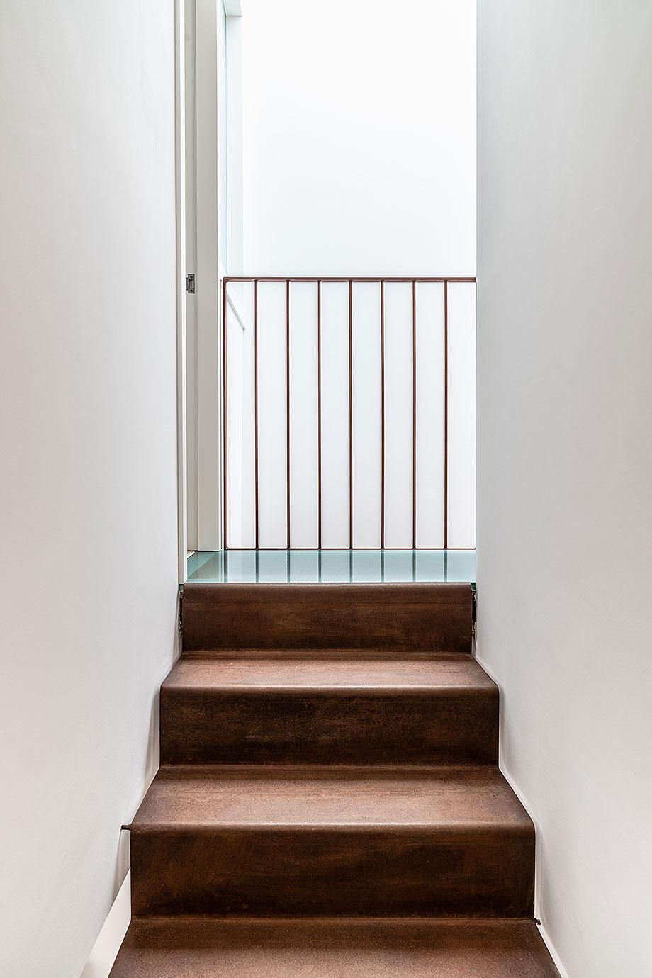 de garaje a vivienda por liniarquitectura (14) - foto laura tomas