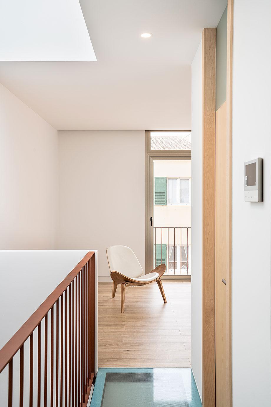 de garaje a vivienda por liniarquitectura (15) - foto laura tomas