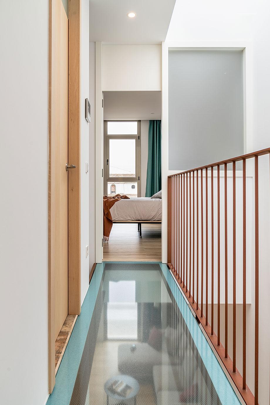 de garaje a vivienda por liniarquitectura (16) - foto laura tomas