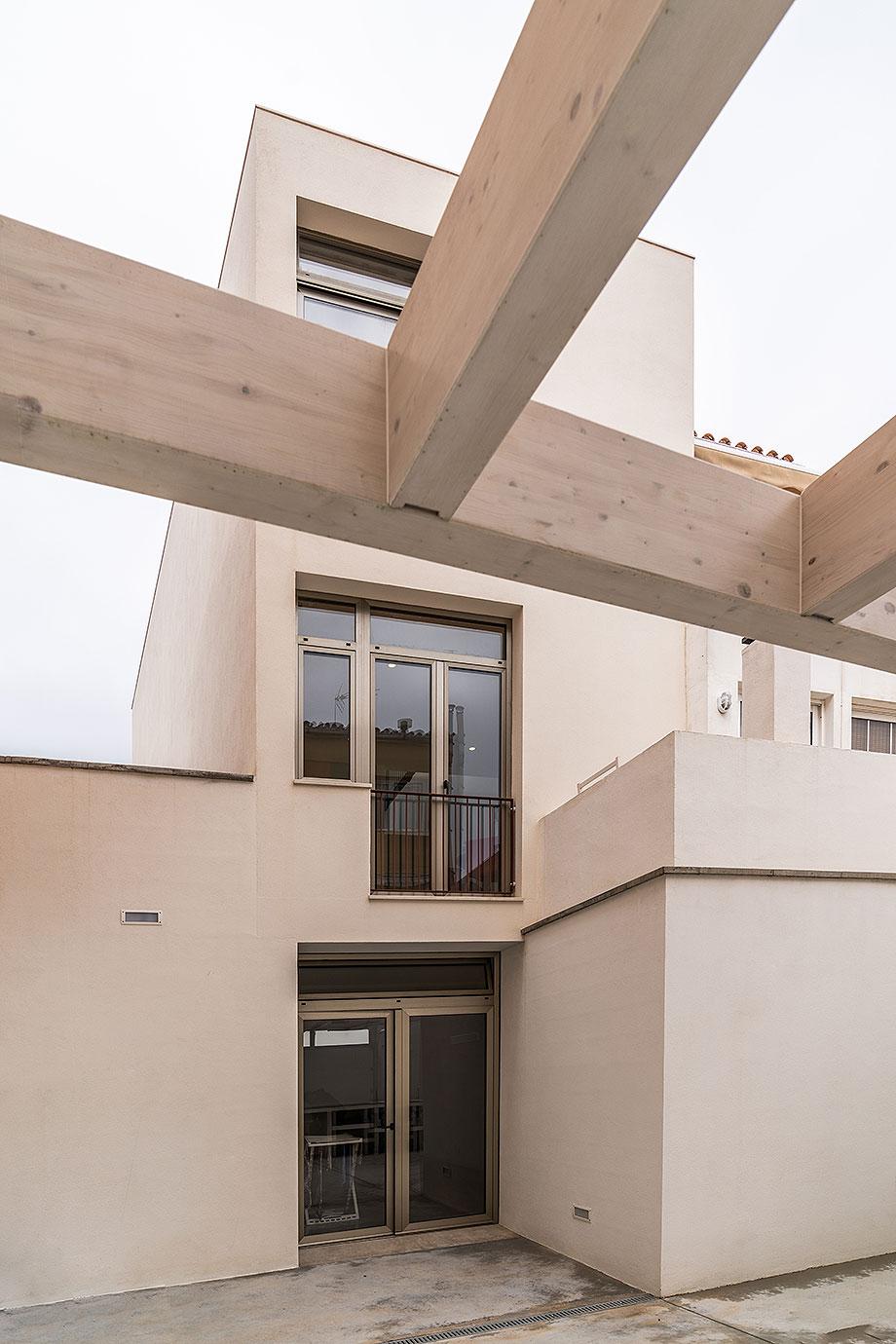 de garaje a vivienda por liniarquitectura (24) - foto laura tomas