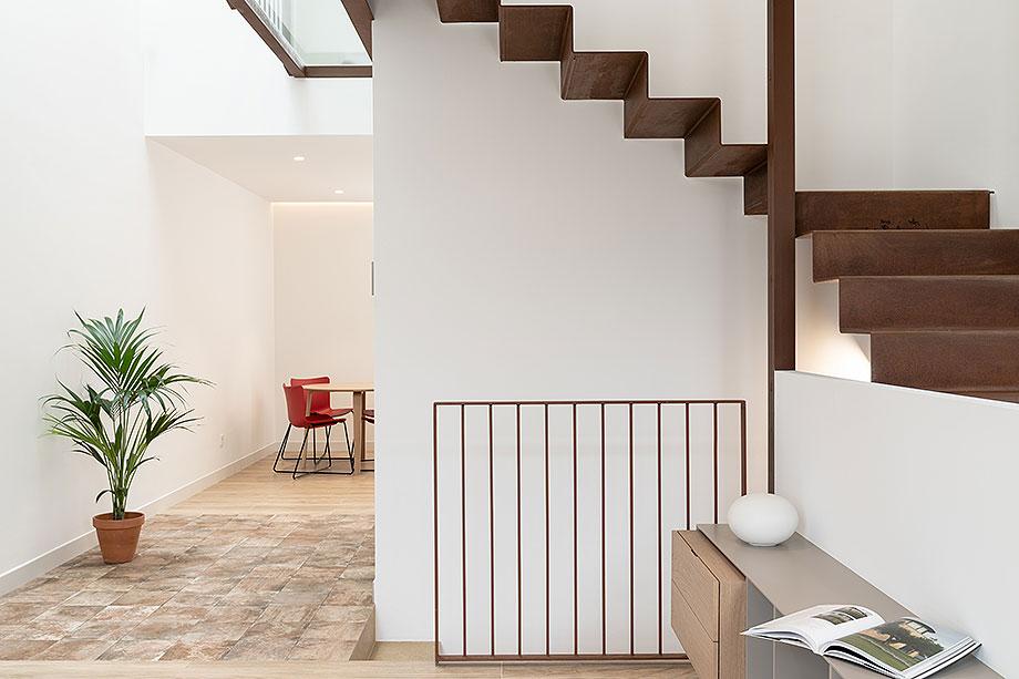 de garaje a vivienda por liniarquitectura (6) - foto laura tomas