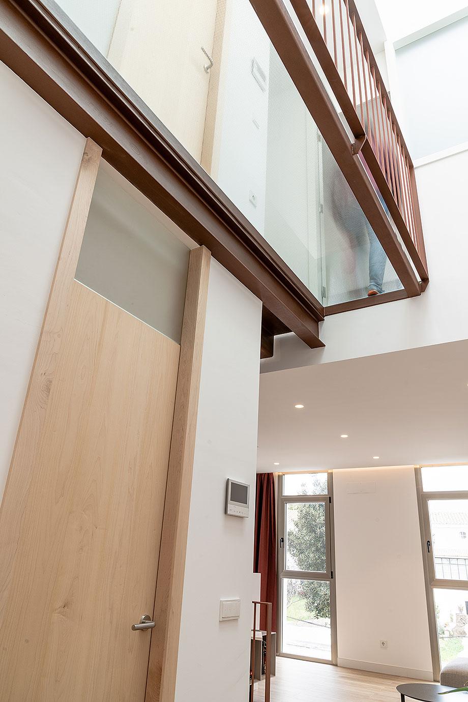 de garaje a vivienda por liniarquitectura (7) - foto laura tomas