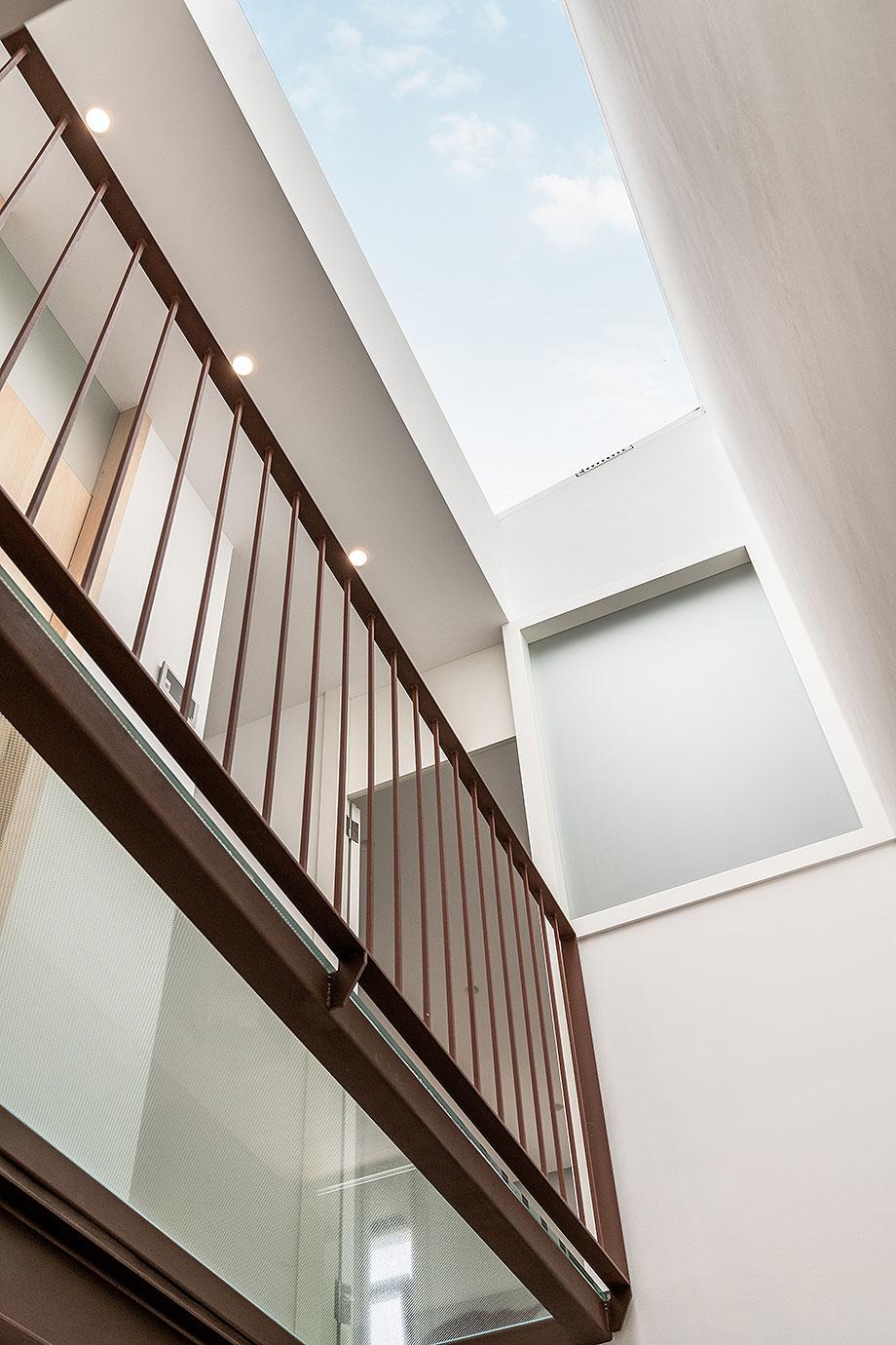 de garaje a vivienda por liniarquitectura (8) - foto laura tomas