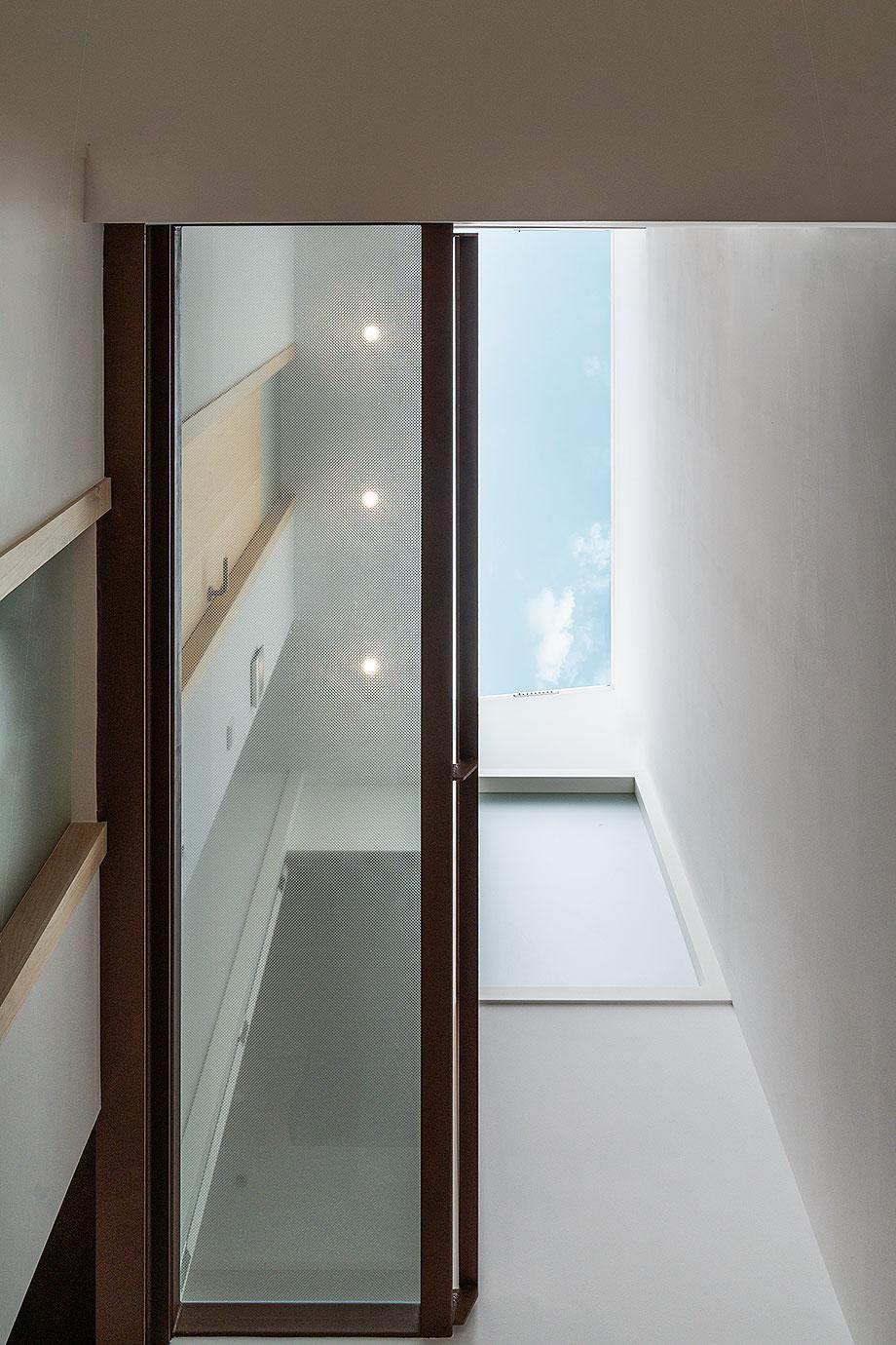 de garaje a vivienda por liniarquitectura (9) - foto laura tomas