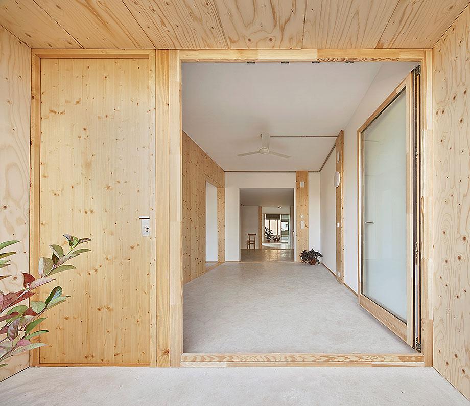 2. bloque 6x6 en girona de bosch.capdeferro arquitectura (2) - foto jose hevia