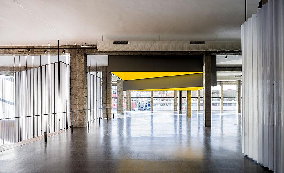 4. edificio de loza de evelyn alonso y jose antonio sosa (1) - foto javier callejas