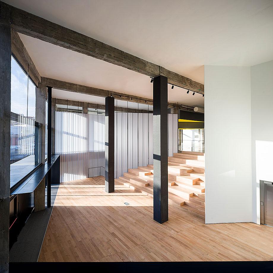 4. edificio de loza de evelyn alonso y jose antonio sosa (2) - foto javier callejas