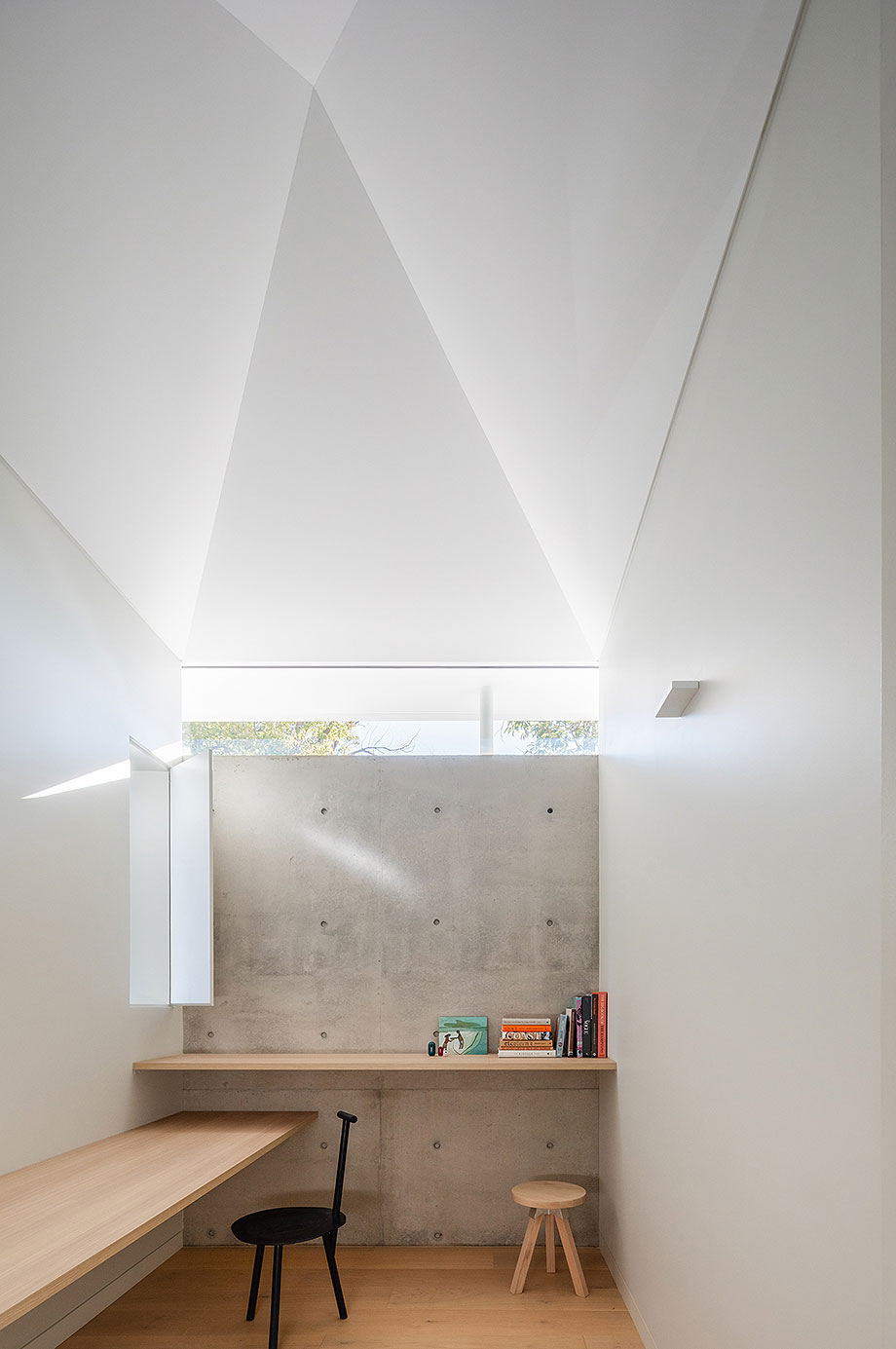 ampliacion de una casa en dulwich hill por benn + penna architects (9) - foto tom ferguson + katherine lu