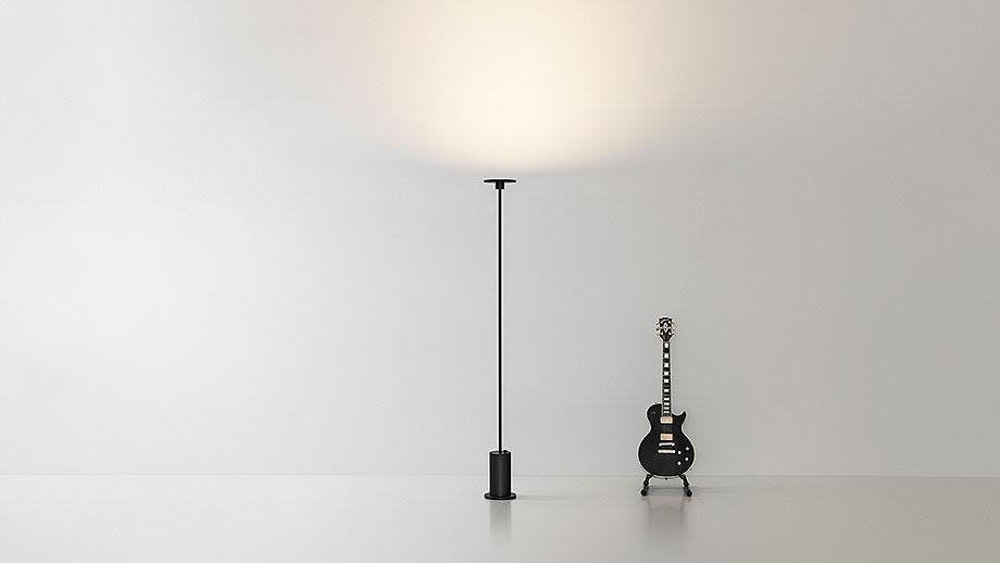 lampara de pie up de ruben saldaña y arkoslight (1)