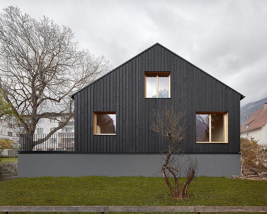 casa de madera de abeto de mwarchitekten (1) - foto adolf bereuter