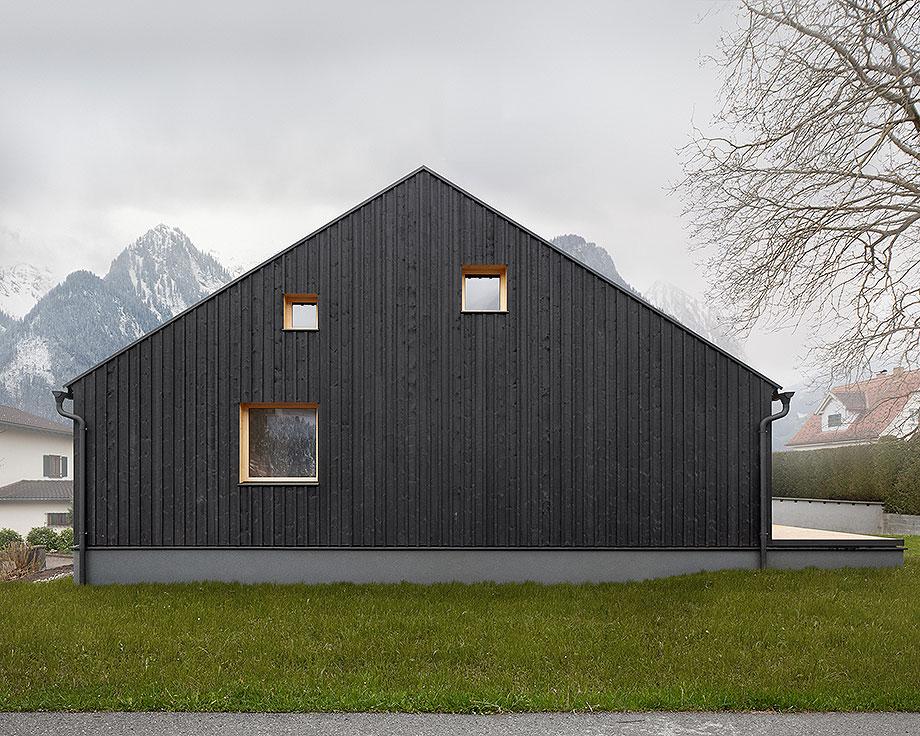 casa de madera de abeto de mwarchitekten (10) - foto adolf bereuter