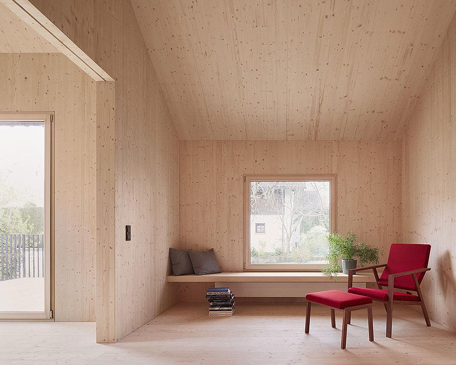 casa de madera de abeto de mwarchitekten (7) - foto adolf bereuter