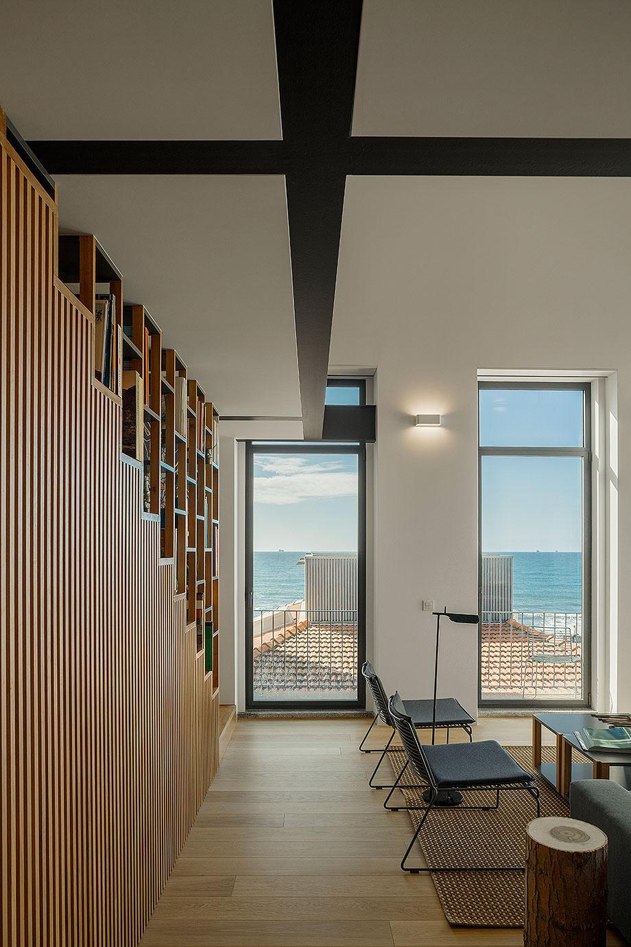 edificio sra da luz en oporto por as arquitecto (12) - foto ivo tavares