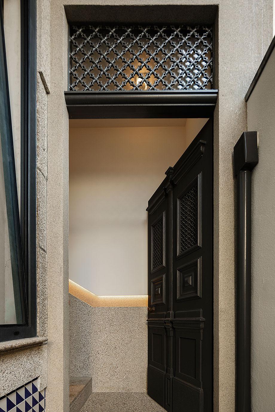 edificio sra da luz en oporto por as arquitecto (2) - foto ivo tavares